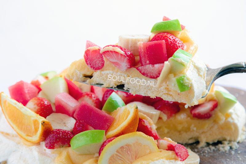 pavlova basisrecept recept banketbakkersroom vers fruit schuimgebak