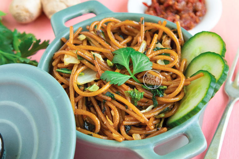 Surinaamse bami vegan spaghetti tjauw mien recept